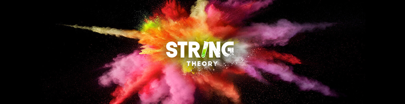 Couverture String theory
